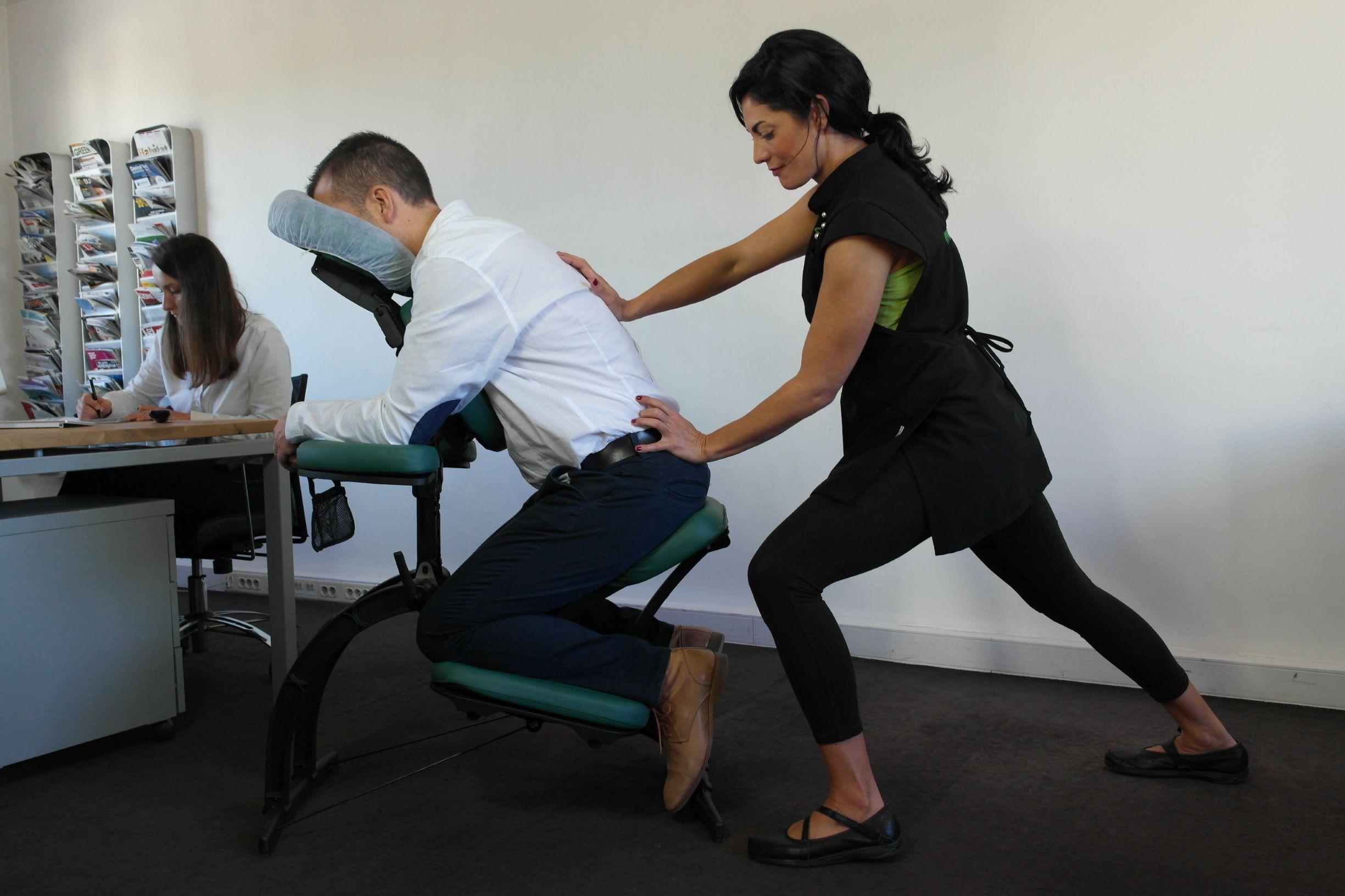 massage en entreprise. pause massage détente
