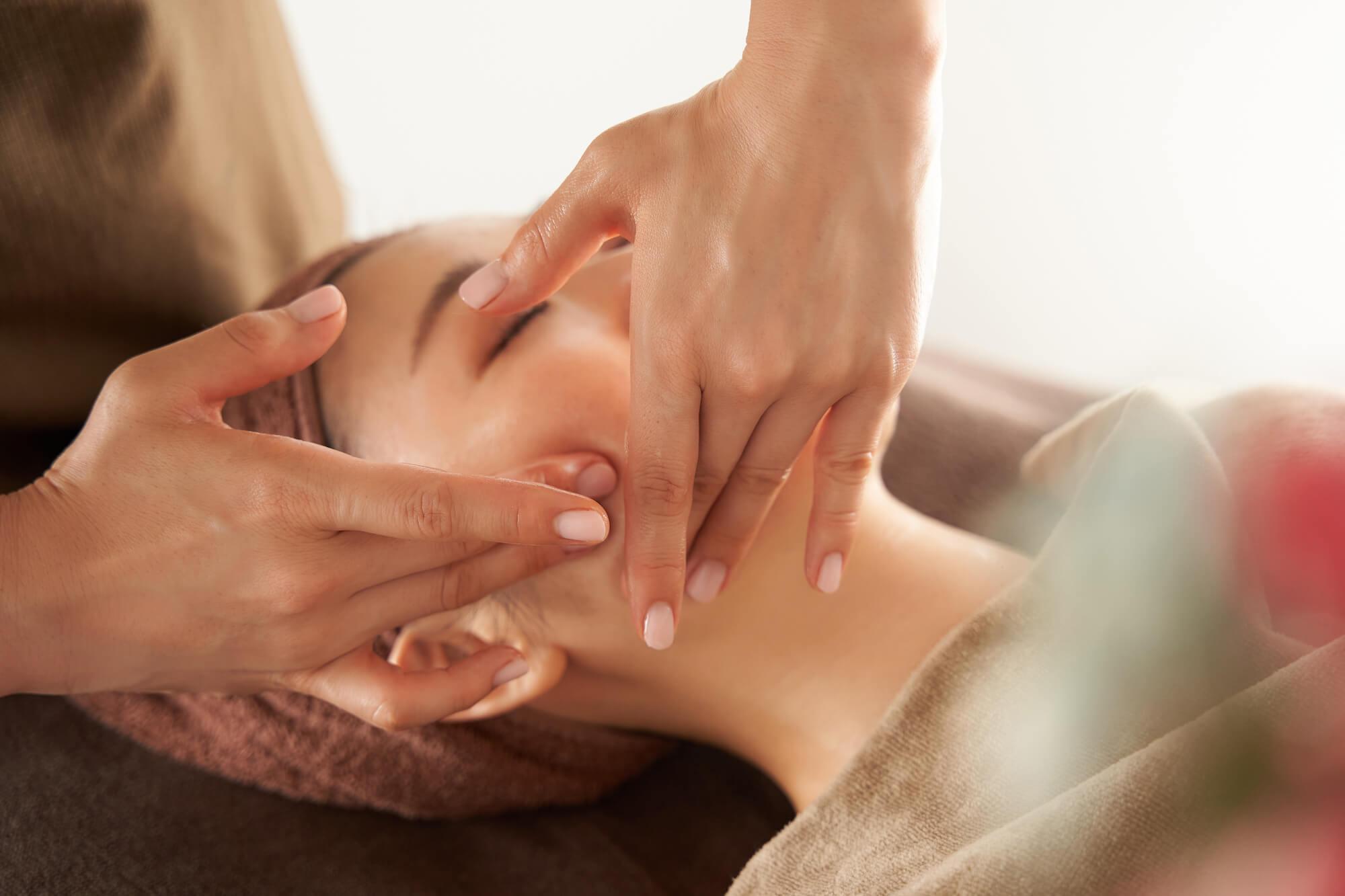 massage aux huiles bio
